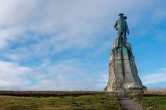 Statue von Hubert Latham, mit Luftfahrt vorangehend stockbilder