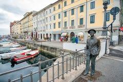 Statue von James Joyce in Triest, Italien stockfotos