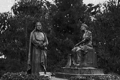 Statue von Jesus Christus fallend mit dem Kreuz Lizenzfreie Stockfotografie