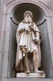 Statue von Leonardo Da Vinci Stockbilder