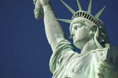 Statue von Liberty Close-Up Blue Sky Profile horizontal Stockfotografie