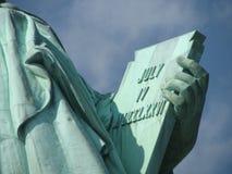 Statue von Liberty Tablet-Abschluss oben lizenzfreie stockbilder
