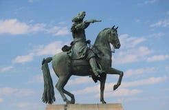 Statue von Louis XIV zu Pferd Lizenzfreie Stockfotos