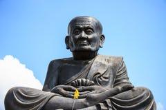 Statue von Luang PU Thuat Lizenzfreie Stockfotos
