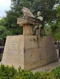 Statue von Luis A Calvo (kolumbianischer Musiker) lizenzfreie stockbilder