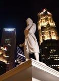 Statue von Sang Nila Utama an Singapur-Flussufer lizenzfreies stockfoto