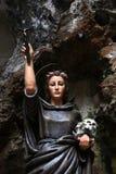 Statue von Santa Rosalia, gemaltes Holz Lizenzfreies Stockbild