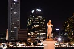 Statue von Stamford-Lotterien in Singapur-Fluss stockbilder