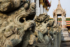 Statue at wat arun Royalty Free Stock Images