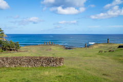 Statuen Ahu Tahai Moai nahe Hanga Roa - Osterinsel, Chile stockfoto