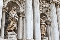 Statuen der Kirchen-Di Santa Maria Del Giglio Venice Lizenzfreie Stockfotos