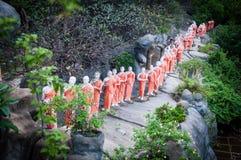 Statuen des buddhistischen Mönchs Lizenzfreie Stockfotografie