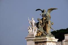 Statuen des Gedankens und der Stärke, Altare-della Patria, Rom Lizenzfreie Stockfotografie