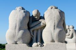 Statuen in Vigeland-Park lizenzfreies stockfoto