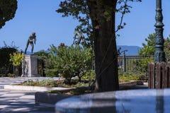 Statuen von Athleten im Garten der Achilleions-Palast auf der Insel von Korfu Griechenland errichtet von der Kaiserin Elizabeth v Lizenzfreies Stockfoto