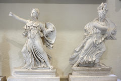 Statues dans le musée d'Epidauros Photos stock