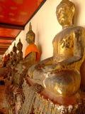 Statues de Bouddha d'or, Thaïlande. Images stock
