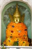 Statues de Bouddha dans la pagoda de Shwedagon, Yangon Image stock