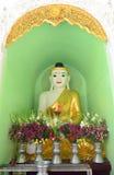 Statues de Bouddha dans la pagoda de Shwedagon, Yangon Photo stock
