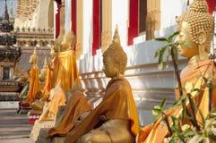 Statues de Bouddha dans Pha qui Luang Photo libre de droits