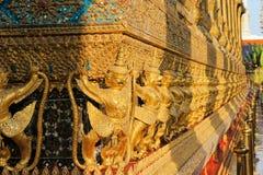 Statues de gardien au temple d'Emerald Buddha Photographie stock libre de droits