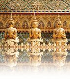 Statues de gardien de démon chez Wat Phra Kaew Photo stock