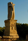 Statues de Giants et de tritons dans l'agora antique d'Athènes Image stock