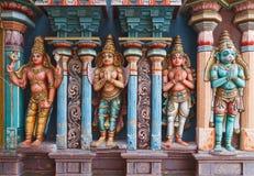 Statues de Hanuman dans le temple indou Image libre de droits
