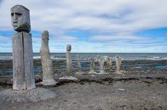 Statues de maçonnerie menant dans le St Laurence River Photographie stock