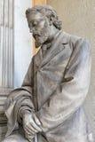 Statues de marbre dans le cimetière Photo libre de droits