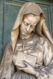 Statues de marbre dans le cimetière Images libres de droits