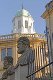 Statues de Sheldonian, Oxford, Angleterre Photographie stock libre de droits