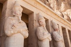 Statues at deir-al-bahari temple Stock Image