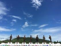 7 statues géantes des rois thaïlandais célèbres Photos stock