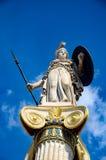 Statues la déesse Athéna à l'entrée de l'académie d'Athènes images libres de droits
