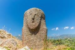 Statues préhistoriques dans les collines de la Corse - 1 image stock