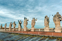 Statues on the roof of the Cathedral of St. Peter in Rome Royalty Free Stock Photos