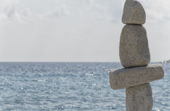 Statues saisissantes dans l'équilibre harmonieux photos libres de droits