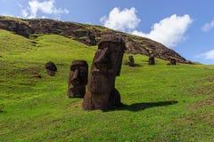 Statues sur Isla de Pascua Rapa Nui Île de Pâques Threesome Images stock