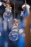 Statuette av en cherub royaltyfri fotografi