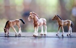 Statuette de três cavalos foto de stock