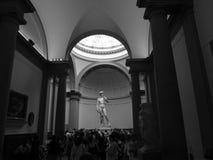 Status av David på skärm, Florence, Italien royaltyfri fotografi