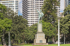 A status of Captain James Cook located at the Hyde Park in Sydne Royalty Free Stock Photos