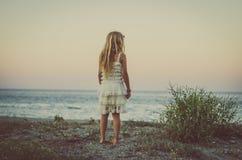 Status in het strand Royalty-vrije Stock Foto's