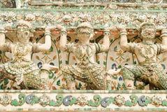 Status tailandês do chedi Imagens de Stock Royalty Free