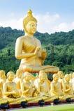Statut de Bouddha au temple Thaïlande Images stock