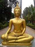 statut de Bouddha de gautam étant en conflit, besst traditionnel de biographies image libre de droits