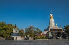 Statuto del blu di phuket del faro del cielo Immagine Stock Libera da Diritti