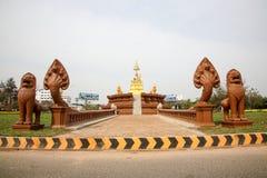 Statuto del chounnat di Samdach nella pagoda dell'argento di Royal Palace di festa dell'indipendenza della Cambogia Immagini Stock Libere da Diritti