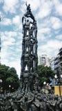 Statuy istota ludzka góruje zdjęcie royalty free